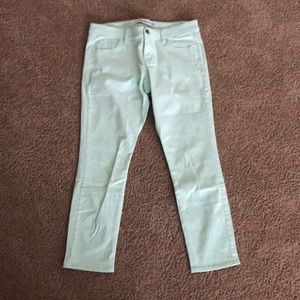 Express Mint Low-Rise Capris